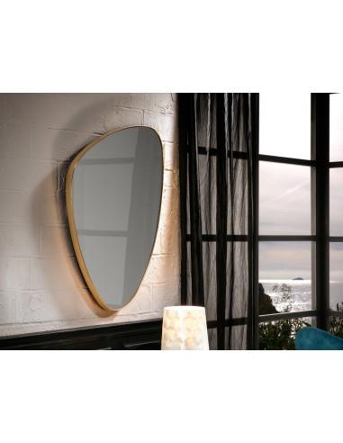 Espejo de pared triangular color oro...